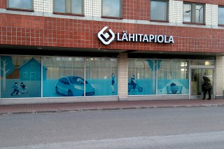 LähiTapiola commercial window foiling